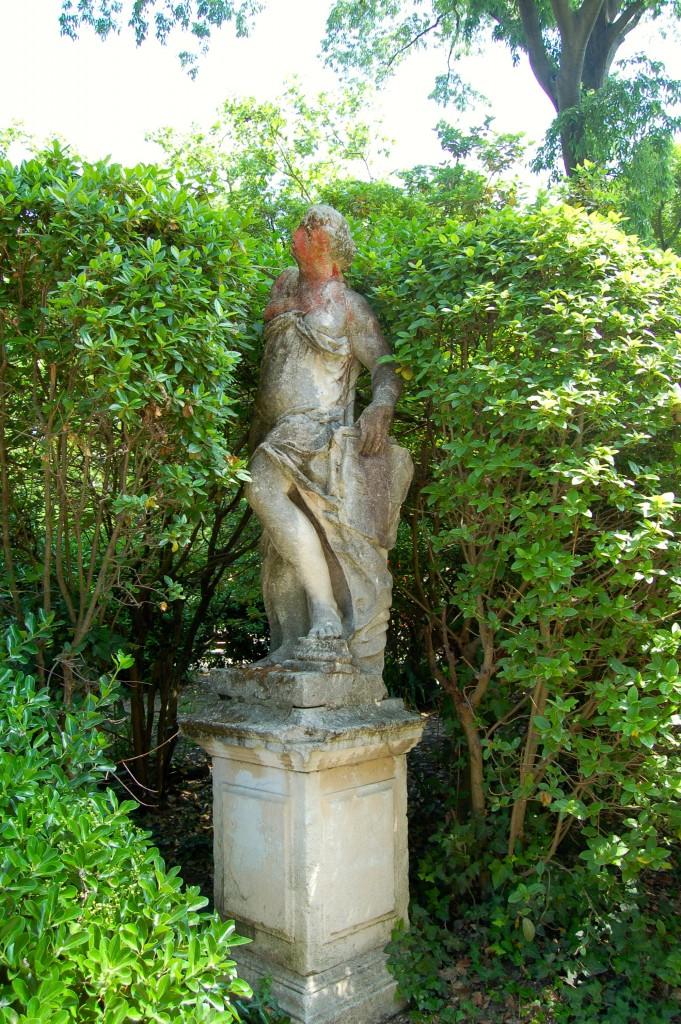 Permanent statue in the Giardini